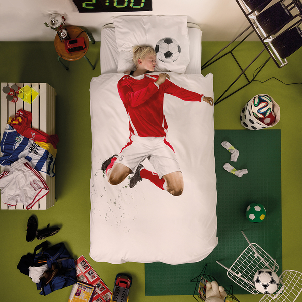 Snurk Quilt Cover Set Single Soccer Champ Red